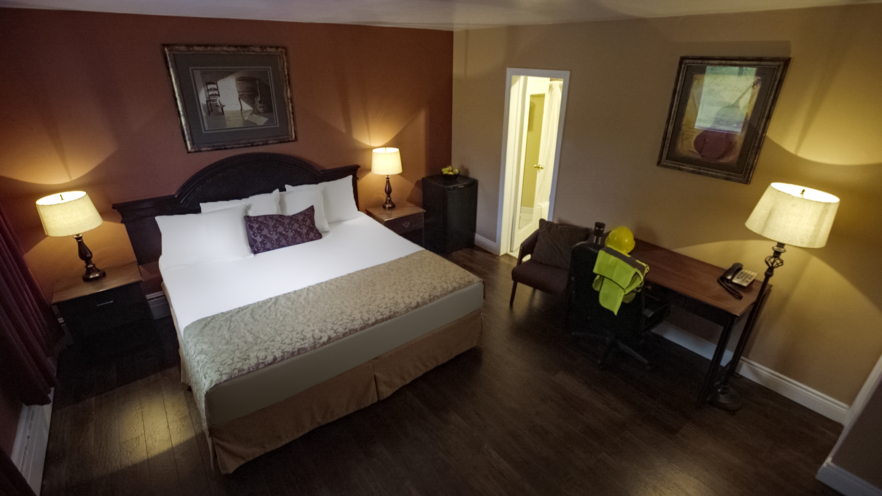 8705.11735.port-hawkesbury.hearthstone-inn-port-hawkesbury.room.single-king.01